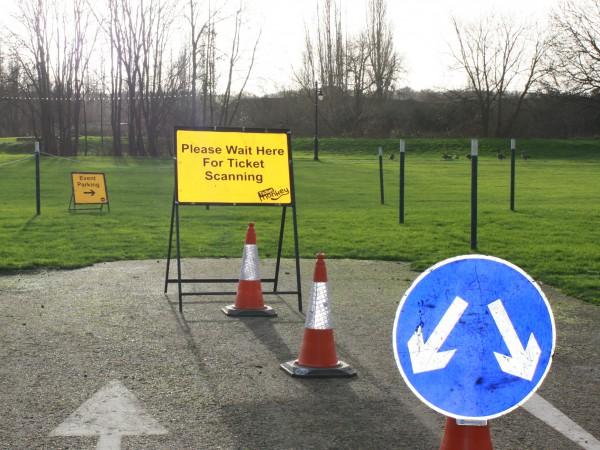 Traffic signage & equipment